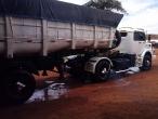Caminhão Com Caçamba LS