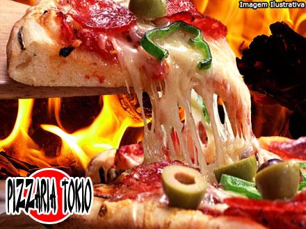 São 8 opções à escolher! 1 Pizza do Cardápio da Pizzaria Tókio de até 22,00 por 9,90.