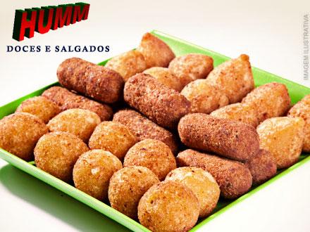 1 Kilo de Salgadinhos Fritos com Massa de Batata (4 opções de recheio) na Hum Doces e Salgados, por apenas 6,50.