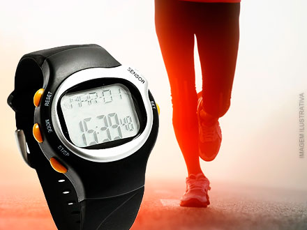 Relógio LED + Monitor Cardíaco + Sensor de Calorias por apenas 39,90. Frete Grátis!