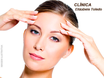 3 Sessões de Peeling Químico + Hidratação e Drenagem Facial na Clínica Elizabete Toledo, por 69,00.