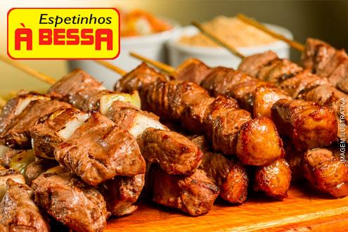 Saboreie 4 Espetinhos (Alcatra, Linguiça de Pernil, Filé de Frango e Pão de Alho) no Espetinhos à Bessa, por apenas 6,99.