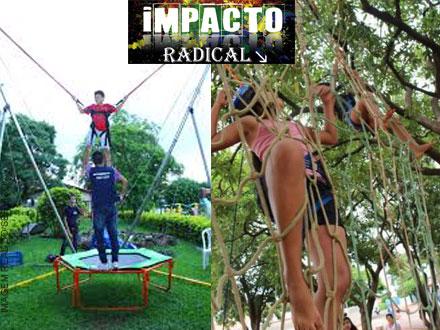 Locação de High-Jump, Malha de Escalada ou Piscina Inflável, por apenas 130,00. Escolha e divirta-se!