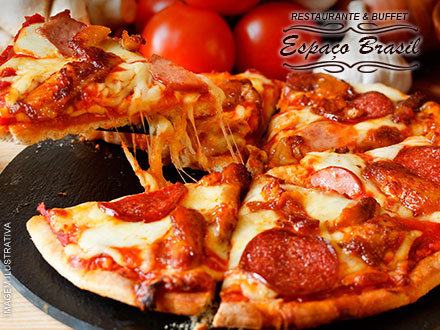Rodízio de Pizzas (Mais de 20 sabores a escolher entre Salgadas e Doces) no Restaurante & Buffet Espaço Brasil, por 14,99.