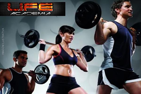 Venha ficar em plena forma! 1 Mês de Musculação na Life Academia por apenas 34,90.