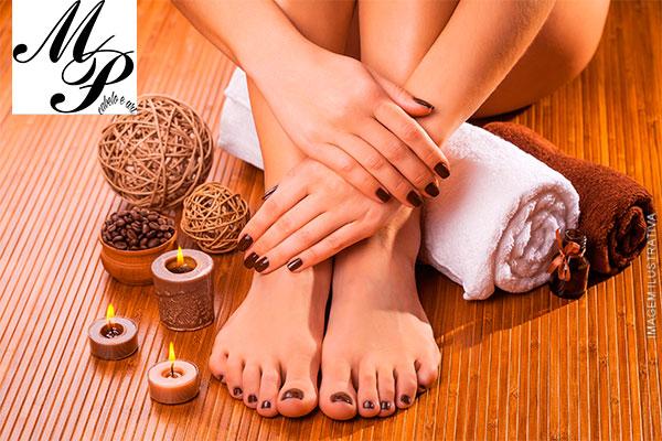 Sessão de Manicure + Pedicure Simples no Estúdio de Estética Milene Pitoli, por apenas 24,90.