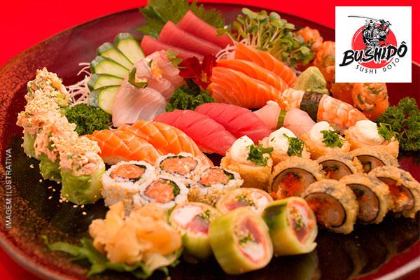 Combinado de Comida Japonesa com 40 Peças do Bushidô Sushi, por apenas 22,90.